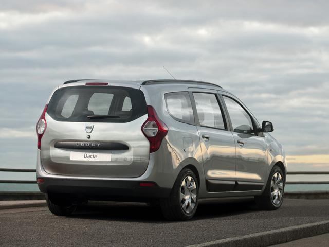 Dacia lodgy listino prezzi auto motori for Dacia duster 7 posti