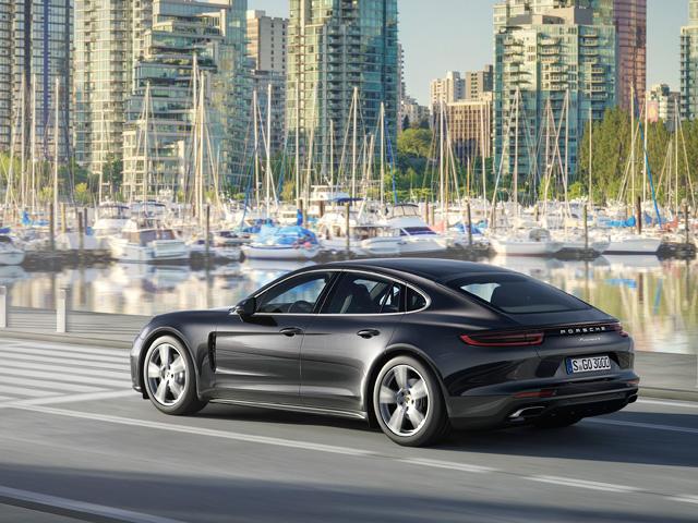 Le auto a benzina più parsimoniose Porsche Panamera