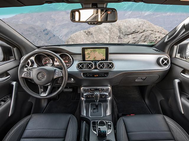 Mercedes benz classe x 250 d 4matic progressive for Mercedes g interno