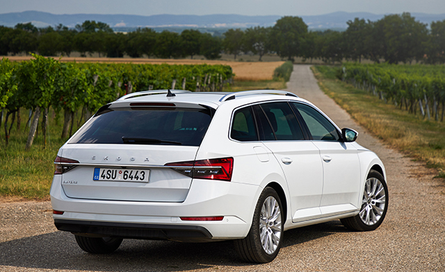 2. Skoda Superb Wagon